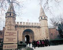 Bir skandal da Topkapı'da MİLLİYET.14105