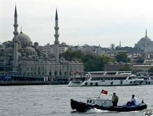 'Türkiye'de dini özgürlük kısıtlı' iddiası.7954