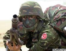 Bitlis'ten ac� haber: 1 asker �ehit oldu, 1 asker yaraland�.11811