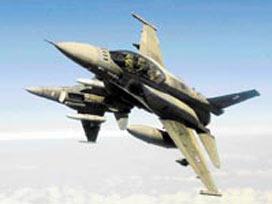 'F-16 düştü,Türk pilot kurtuldu'.9871