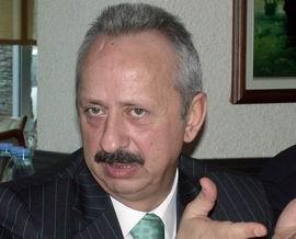 Haluk Ulusoy aday oluyor!.11250