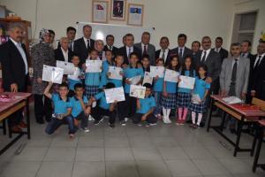 Yozgat'ta 100 bin öğrenci karne heyecanı yaşadı.13165