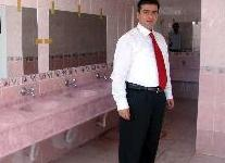 Okullarına 5 yıldızlı tuvalet yaptırdılar.6608