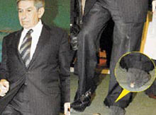Delik çoraplı başkan'ın aşk skandalı.10737