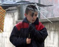 Dikkat! Çok etkili yağışlar ve sert rüzgarlar geliyor!.9077