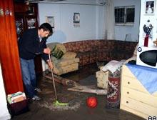 Kayseri'de ev ve işyerlerini su bastı.10967