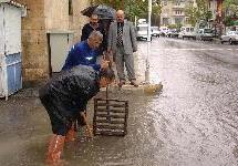 Adıyaman'da yağmur, hayatı felç etti.10885