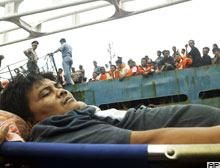 Endonezya'da feribotta yangın: 15 ölü.12324