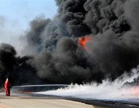 Çin'de mağaza yandı: 17 ölü.13677