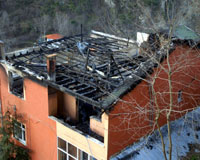 Volkan Konak'ın evi yandı.14370