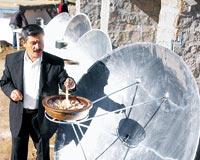 Bu köyde yemekler güneş ocağında pişiriliyor!.12968