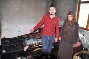 Yozgat'ta evi yanan kad�n yetkililerden yard�m istiyor.11382