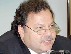 Cüneyd Zapsu, AK Parti MKYK üyeliğinden istifa etti.7952