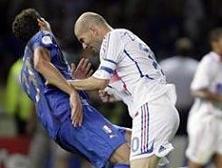 Zidane'a 3 maçtan men.9040