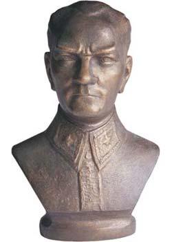 Ögrenciler Atatürk büstünü çaldilar.9668