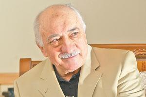 Fethullah Gülen'i hapse attıracaklardı.8422