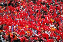 Erdoğan'a Sivas'ta Türk bayraklı karşılama.31864