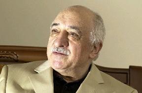 Hamdullah Öztürk, Fethullah Gülen'i eleştirenleri eleştirdi.8220