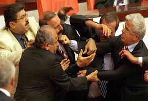 Türk 'sol siyaseti' halk arasında bölücülük yapıyor!.14207
