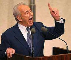 �imon Peres'den Ahmedinejad'� k�zd�racak s�zler!.13133