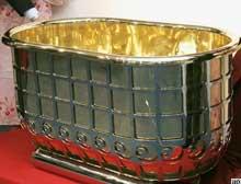 1 milyon dolarlık altın küvet çalındı.10493