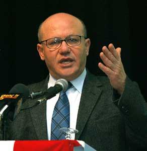Talat: Alman Meclisi'nin kararı bir ilk.9436