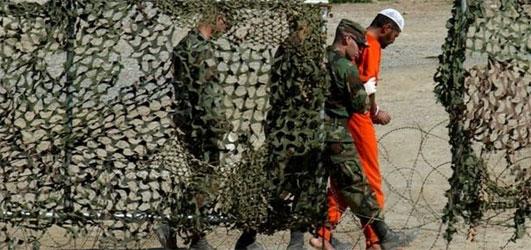 Guantanamo'da bir tutsak intihar etti.58056