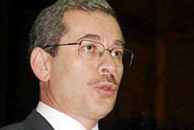 Abdüllatif Şener, artık az politikacı çok hoca.7181
