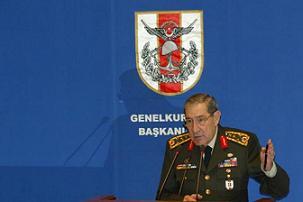 Genelkurmay Başkanı Org. Büyükanıt basın toplantısı yaptı.8765