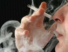 Sigara yasağına isyan edip içtiler .11482