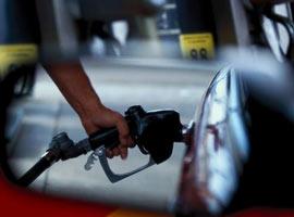 95 oktan kur�unsuz benzinin pompa fiyat� artt�...!.10781