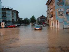 Aşırı yağış Kastamonu'da 2 can aldı.10325