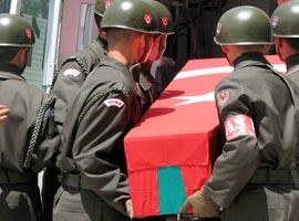 PKK'lı teröristlerle çatışan 1 korucu şehit oldu.14690