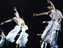 Béjart Ballet Lausanne'dan Mevlana gösterisi.11436