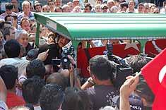 Er Aslan için cenaze töreni düzenlendi.9384
