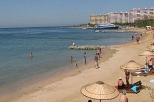 İstanbul' da 9 plaj sezonu açtı.10116