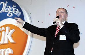 Başbakan Erdoğan: Kuraklık nedeniyle çiftçilerin borçlarını erteliyoruz.10228