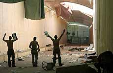 Yaralı Filistinlilerin İsrail'e kaçış çilesi.6392