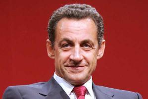 Sarkozy'ye güven son bir ayda azaldı  .8650