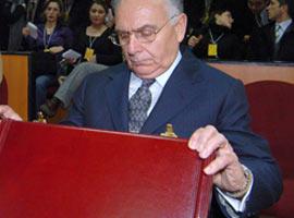 Erdil Paşa cezaevinde .12652