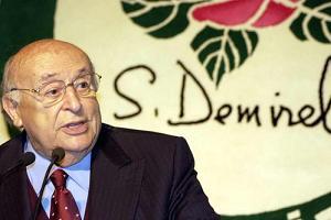 Süleyman Demirel, CHP lideri Baykal'a destek verdi.12383