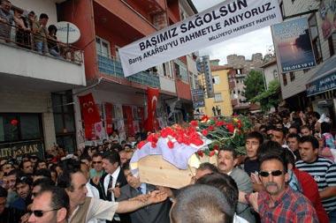 Barış Akarsu'yu binlerce seveni uğurladı!.32159
