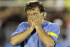 Lugano kaçırdı, Uruguay elendi.9625