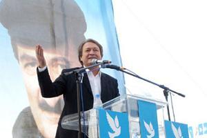 DSP lideri Sezer'den Başbakan'a tepki, rektörlere destek .9630