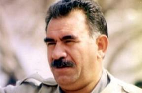 DTP'liler mitingde Abdullah Öcalan'ın posterlerini açtılar.7923