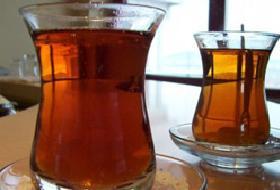Çay ve sigara reflüyü tetikliyor.10065