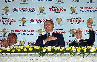 Yola devam AKP diyen seçmene Erdoğan teşekkür edecek.38040