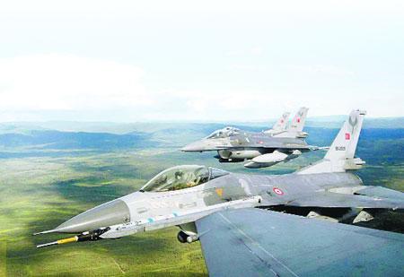 Türk F-16'ları en başarılı sonucu aldı: