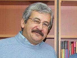 Milletvekili Ufuk Uras'ın babası Hasip Uras hayatını kaybetti.7914