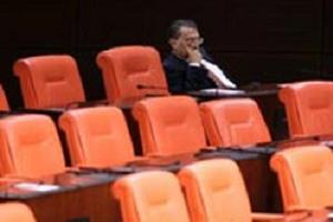 Mesut Yılmaz mecliste tek başına kalırsa! İşte o an!.9133